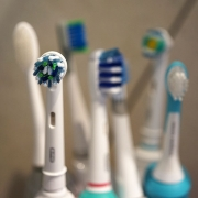 What Kind of Toothbrush Is Right for You? Thumbnail