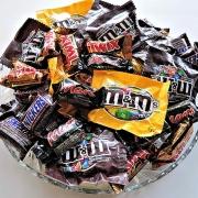 Teeth-Friendly Halloween Treats Thumbnail